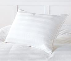Cortina Pillow